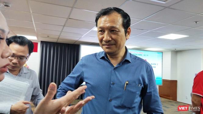 Đại diện cơ quan quản lý, ông Lê Hoài Nam, Phó Giám đốc Sở GD&ĐT TP.HCM cho rằng mâu thuẫn khó hòa giải (Ảnh: Hòa Bình)
