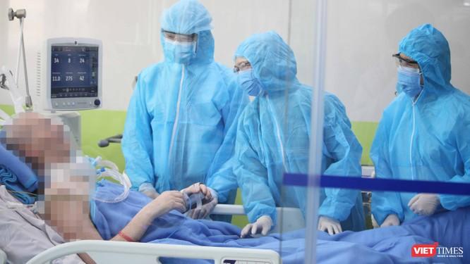 """Video hồi phục """"thần kỳ"""", bệnh nhân 91 giao tiếp hoàn toàn tỉnh táo ảnh 1"""