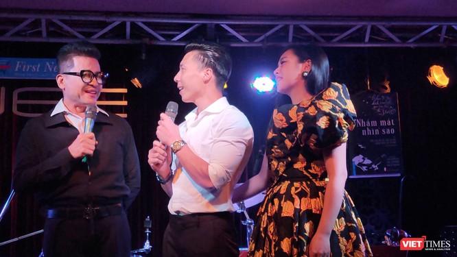 MC Thanh Bạch, diễn viên xiếc Quốc Nghiệp và ca sĩ Ngọc Mai tại buổi ra mắt cuốn sách