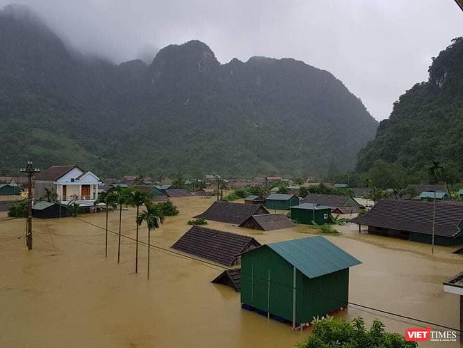 """""""Sao"""" Việt bày tỏ nhiều hành động thương về Miền Trung bão lũ ảnh 4"""