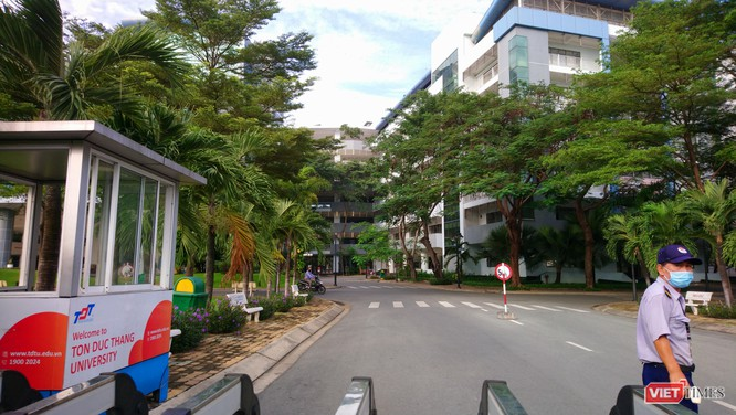 Trường Đại học Tôn Đức Thắng nghỉ 1 tuần vì có SV tiếp xúc gần BN 1347 ảnh 1