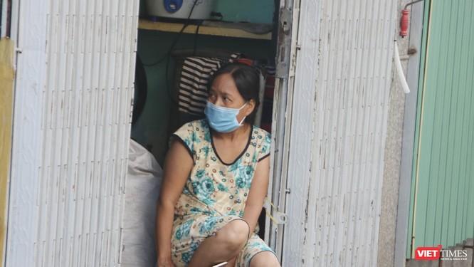 Chùm ảnh và video đời sống người dân trong khu vực phong toả quận 6, TP.HCM ảnh 4