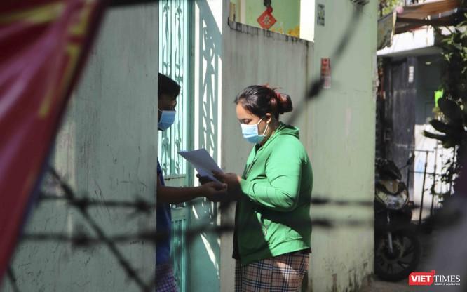 Chùm ảnh và video đời sống người dân trong khu vực phong toả quận 6, TP.HCM ảnh 5