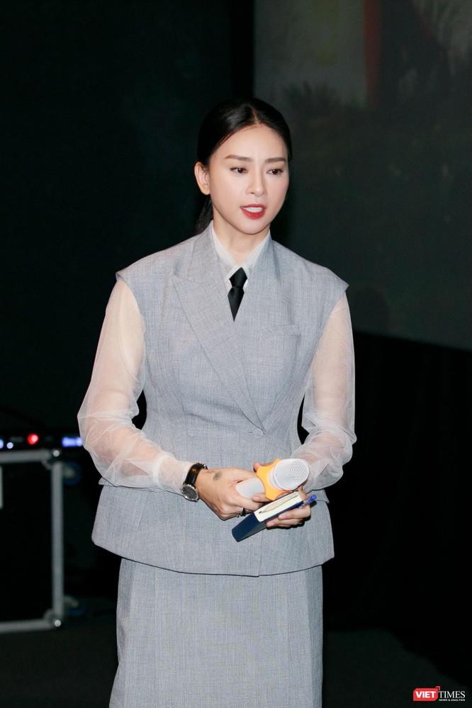 Hoạ sĩ Lê Linh: Tôi không đóng kịch, không lừa dối độc giả, khán giả ảnh 2