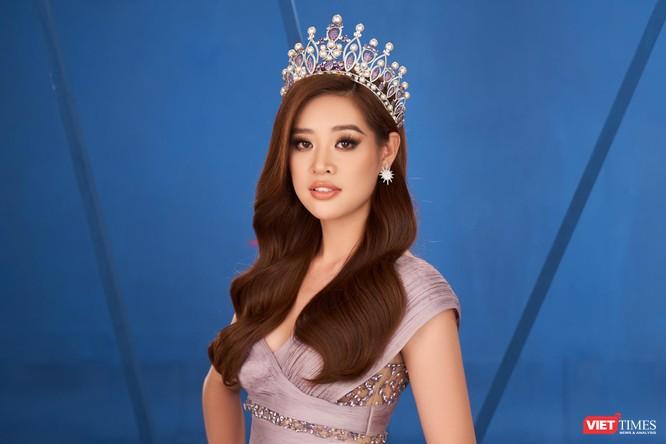 Hoa hậu Khánh Vân hoá thân thành chiến binh chống COVID-19 ảnh 7