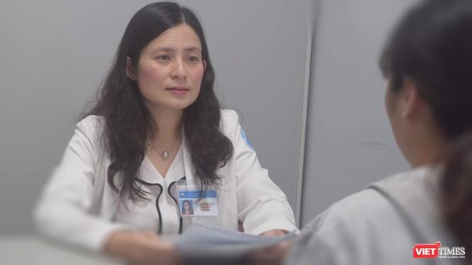 Cách gì để nhân viên y tế tránh được hệ lụy không đáng có trong mùa COVID-19? ảnh 1