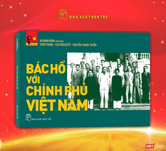 3 cuốn sách ra đời trong ngày sinh của Chủ tịch Hồ Chí Minh ảnh 2