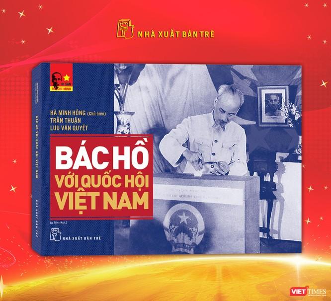 3 cuốn sách ra đời trong ngày sinh của Chủ tịch Hồ Chí Minh ảnh 1