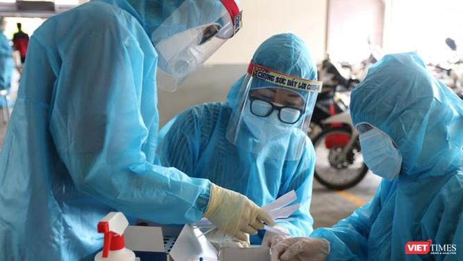 Thách thức TP.HCM: Biện pháp nào để chấm dứt đợt lây nhiễm cộng đồng? ảnh 1