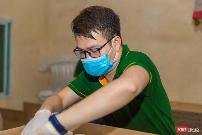 Trao tặng 7.500 suất cháo nhung hươu cho tâm dịch Bắc Giang ảnh 2