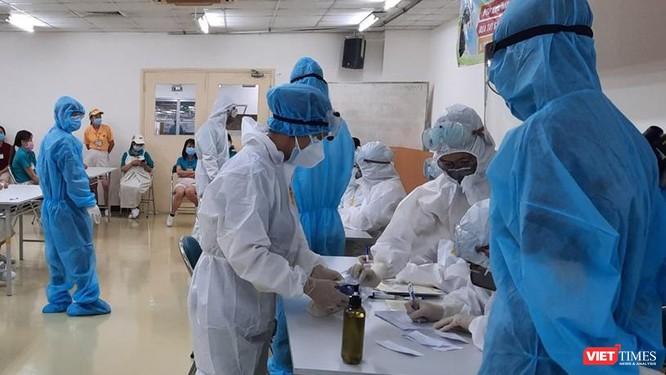 """""""TP.HCM chủ động đàm phán, nhập vaccine COVID-19 chưa hẳn là đáng mừng"""" ảnh 2"""