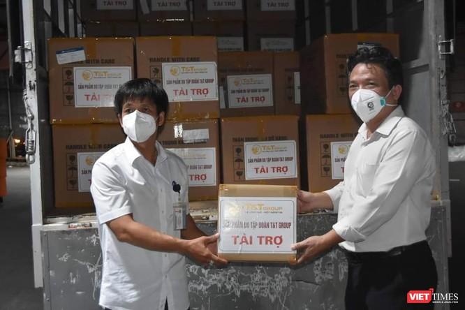 TP.HCM: Tiếp nhận 500.000 bộ bơm kim tiêm chủng vaccine COVID-19 ảnh 2