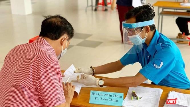 TP.HCM vượt mốc 2.000 Bệnh nhân, giảm số ca nhiễm cộng đồng không rõ nguồn lây ảnh 2