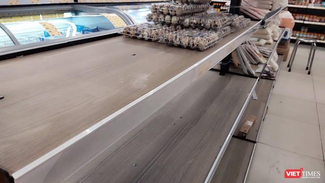TP.HCM: Người dân vét sạch nhiều siêu thị vì mua online không khả thi ảnh 3