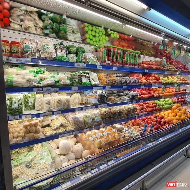 TP.HCM: Siêu thị chất đầy hàng nhưng vắng người mua, lý do tại sao? ảnh 3
