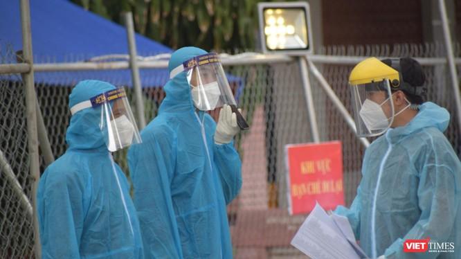 Chủ tịch UBND TP.HCM tuyên bố xử nghiêm bệnh viện từ chối tiếp nhận F0 ảnh 1