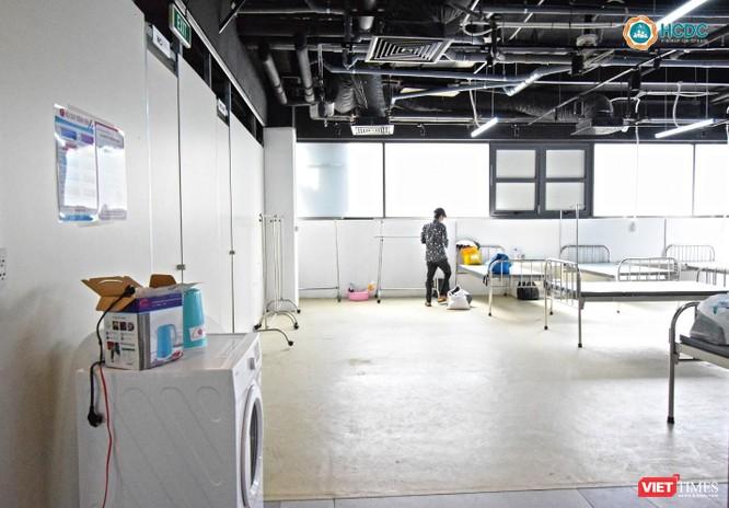 Bên trong Bệnh viện dã chiến số 5 thi công thần tốc ở Thuận Kiều Plaza ảnh 7