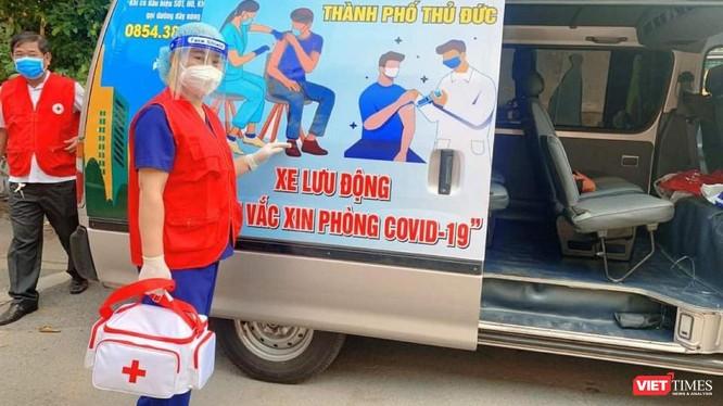 Trên 95.000 ca nhiễm, TP.HCM đã tiêm vaccine gấp cho người trên 18 tuổi hay chưa? ảnh 1
