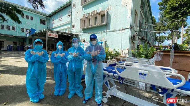 Những túi thuốc yêu thương, bình ôxy cứu trợ cùng F0 chiến thắng COVID-19 ảnh 6