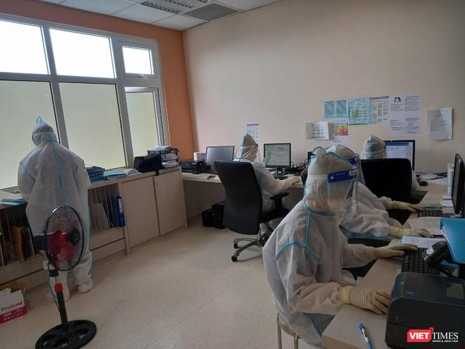 Bệnh viện ĐH Y Dược TP.HCM: Chuyển đổi số hỗ trợ kết nối người nhà và bệnh nhân COVID-19 ảnh 2