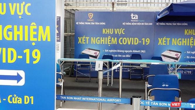 TP.HCM cho phép đưa người có vé máy bay đi nước ngoài đến cảng hàng không quốc tế ảnh 1