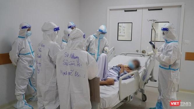 Bác sĩ Trương Hữu Khanh đưa giải pháp: F0 điều trị tại nhà vẫn được cấp thẻ xanh sau khi khỏi bệnh ảnh 2