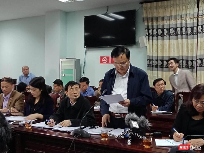 Ông Lê Văn Nho - Phó Chủ tịch UBND huyện Thuận Thành, Bắc Ninh đọc báo cáo tóm tắt sự việc diễn ra