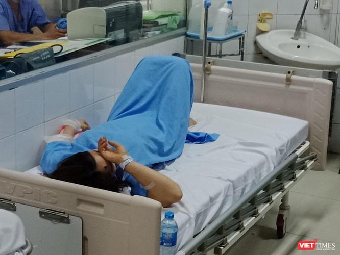 4 nạn nhân đang được điều trị tích cực tại Bệnh viện Việt Đức ảnh 1