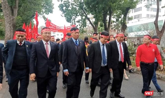 Phó Thủ tướng Thường trực Chính phủ Trương Hòa Bình dự khai mạc ngày hội Chủ nhật Đỏ nhằm khắc phục tình trạng thiếu máu điều trị ảnh 6