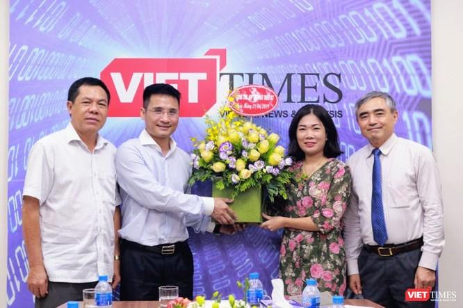 Chủ tịch Nguyễn Minh Hồng: VietTimes góp phần mạnh mẽ tăng uy tín của Hội Truyền thông số Việt Nam ảnh 11