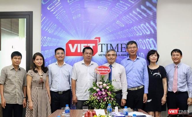 Chủ tịch Nguyễn Minh Hồng: VietTimes góp phần mạnh mẽ tăng uy tín của Hội Truyền thông số Việt Nam ảnh 2