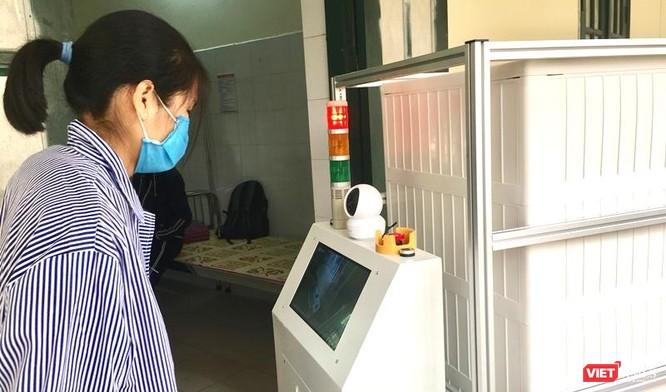 """Sau robot vận chuyển, robot khử khuẩn """"make in Vietnam"""" sẽ ra đời trong tuần tới ảnh 2"""