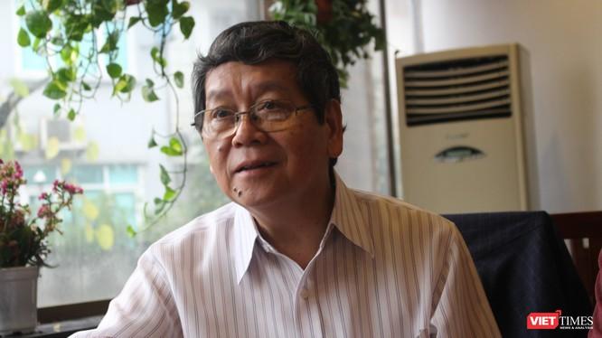 TS Vũ Ngọc Hoàng