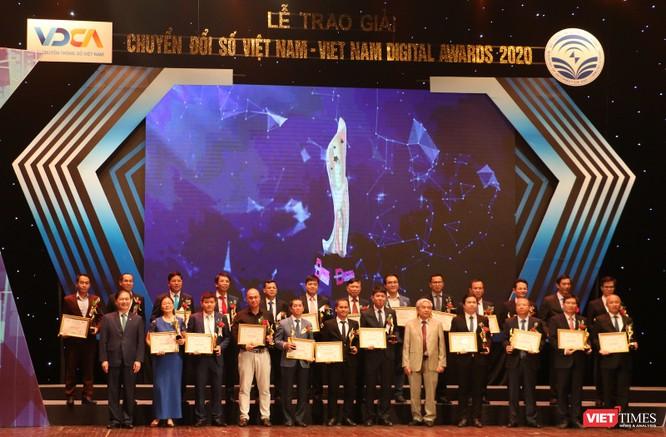 Giải thưởng Chuyển đổi số Việt Nam: Ngời lên niềm tin Việt Nam trở thành quốc gia số tiên tiến ảnh 2