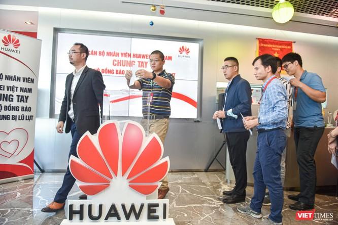 Huawei Việt Nam chung tay ủng hộ đồng bào miền Trung 1 tỉ đồng ảnh 1