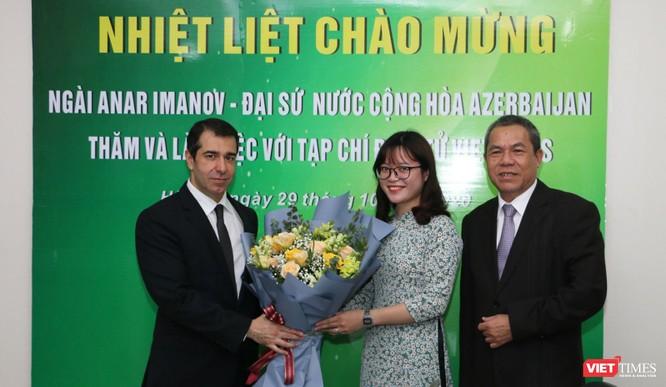Đại sứ Azerbaijan thăm và làm việc với VietTimes ảnh 1