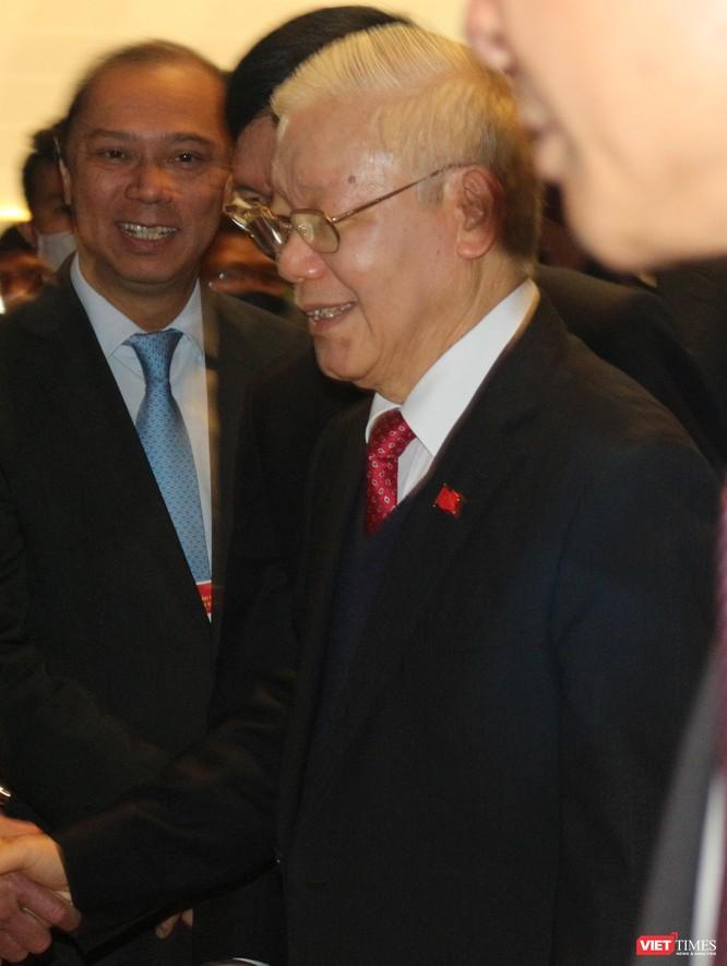 Chùm ảnh: Tổng Bí thư Nguyễn Phú Trọng chủ trì buổi họp báo đầu tiên của Đại hội Đảng khoá XIII ảnh 2