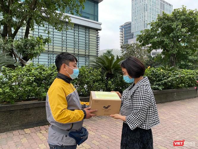 Vietnam Post: Lượng bưu gửi tăng gấp đôi, có những ngày vượt trên con số 1 triệu ảnh 1