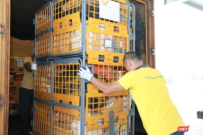 Vietnam Post: Lượng bưu gửi tăng gấp đôi, có những ngày vượt trên con số 1 triệu ảnh 9
