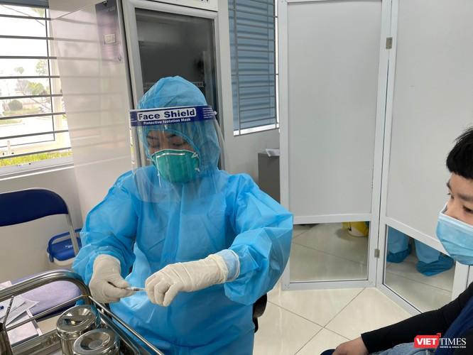 Video: Ghi nhanh trong ngày đầu tiên triển khai tiêm 117,6 ngàn liều vaccine COVID-19 ảnh 3
