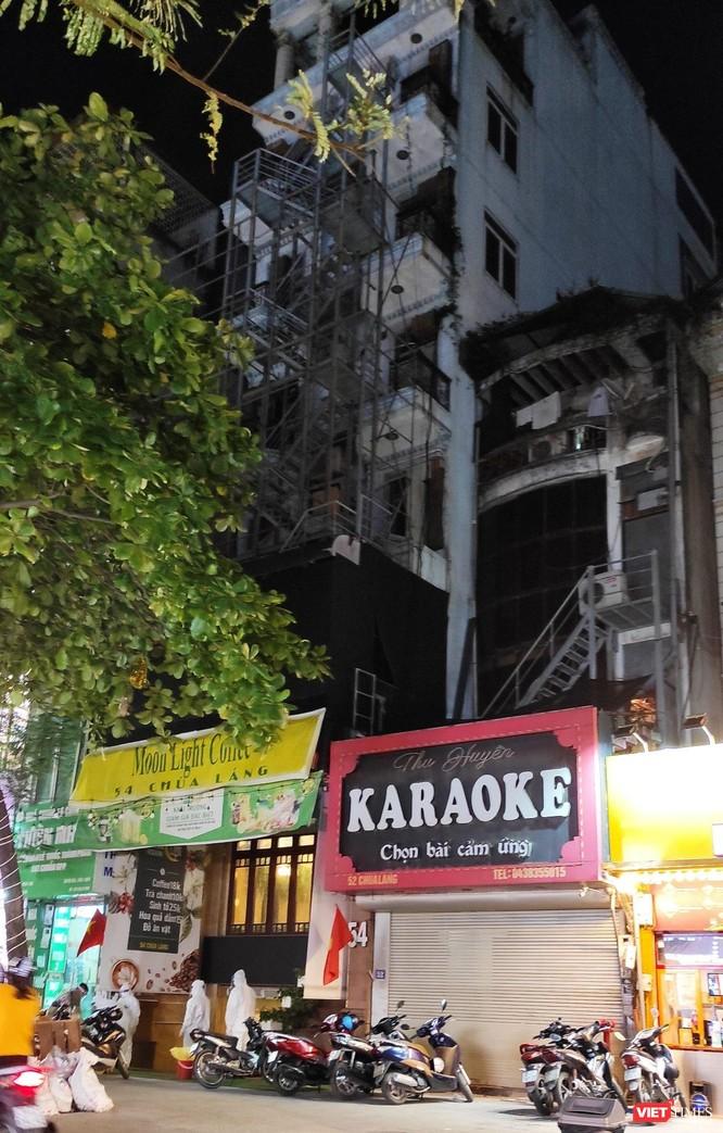 Video: Cận cảnh quán karaoke Moonlight, nơi bác sĩ mắc COVID-19 đến hát ngay trước kỳ nghỉ lễ ảnh 8