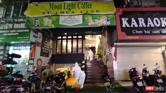 Video: Cận cảnh quán karaoke Moonlight, nơi bác sĩ mắc COVID-19 đến hát ngay trước kỳ nghỉ lễ ảnh 5