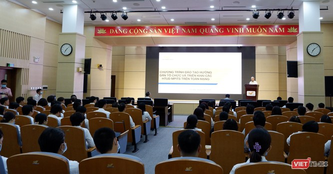 VietnamPost chuyển đổi số, tiết kiệm 90% ấn phẩm nghiệp vụ, giảm 70% tác vụ giao tiếp ảnh 1