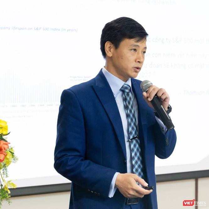 Ông Đào Trung Thành, chuyên gia CNTT, nói về việc có nên cho phép học sinh sử dụng điện thoại di động trong lớp