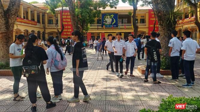 """Thí sinh dự thi vào lớp 10 tại Hà Nội: """"Không ngại ôn thi qua mạng"""" ảnh 1"""