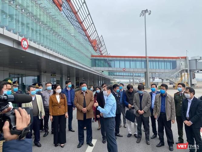 Quảng Ninh duy trì 1.500 chốt kiểm tra, giám sát, tư vấn y tế phòng COVID-19 lây lan qua biên giới ảnh 2