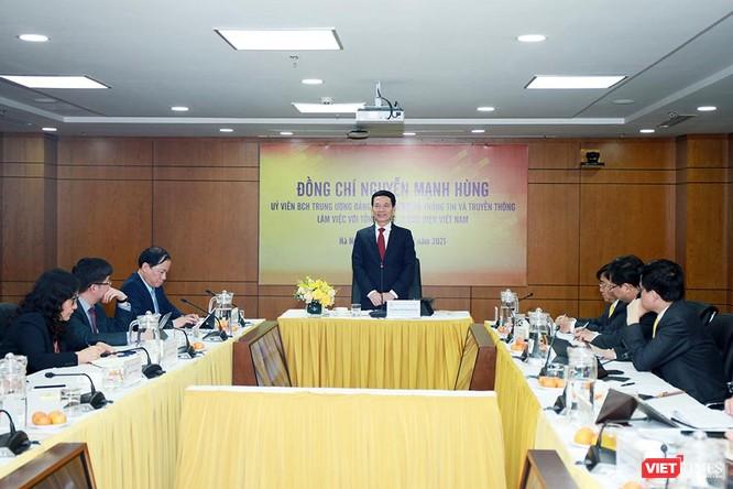 """Bộ trưởng Nguyễn Mạnh Hùng: Ngành bưu chính cần giải quyết """"nỗi đau"""" của XH, giúp dân thoát nghèo ảnh 2"""