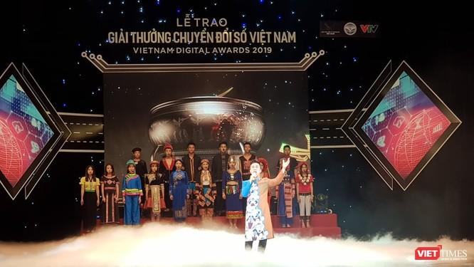 Giải thưởng Chuyển đổi số Việt Nam cổ vũ ứng dụng công nghệ để chuyển đổi số mạnh mẽ ảnh 2