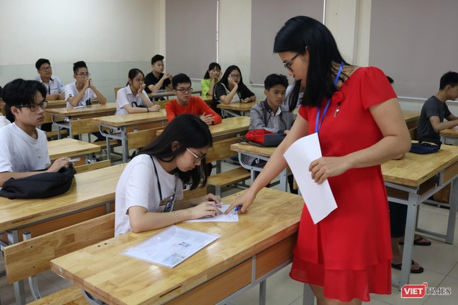 579 thí sinh đăng kí dự thi vào lớp 10 tại điểm thi THCS Dịch Vọng ảnh 3