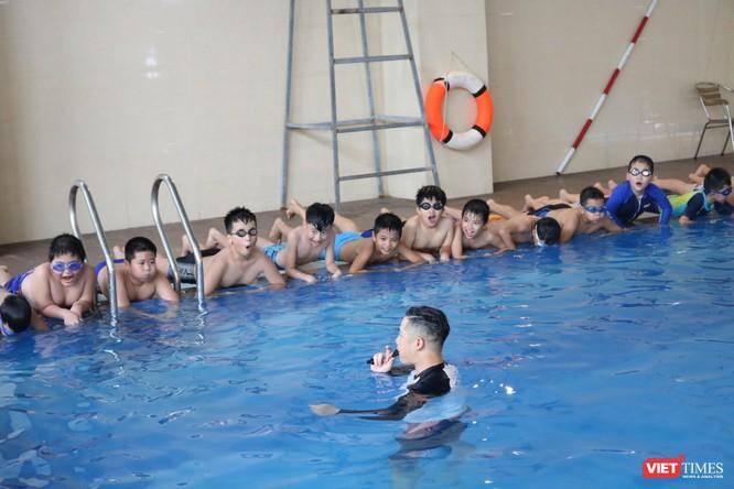 Hà Nội: Tổ chức phổ cập môn bơi cho trẻ phòng chống đuối nước 2019 ảnh 4